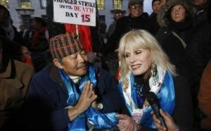 Gurkha, Gyranraj Rai with actress Joanna Lumley